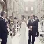Emma robin ceremony wedding in tuscany