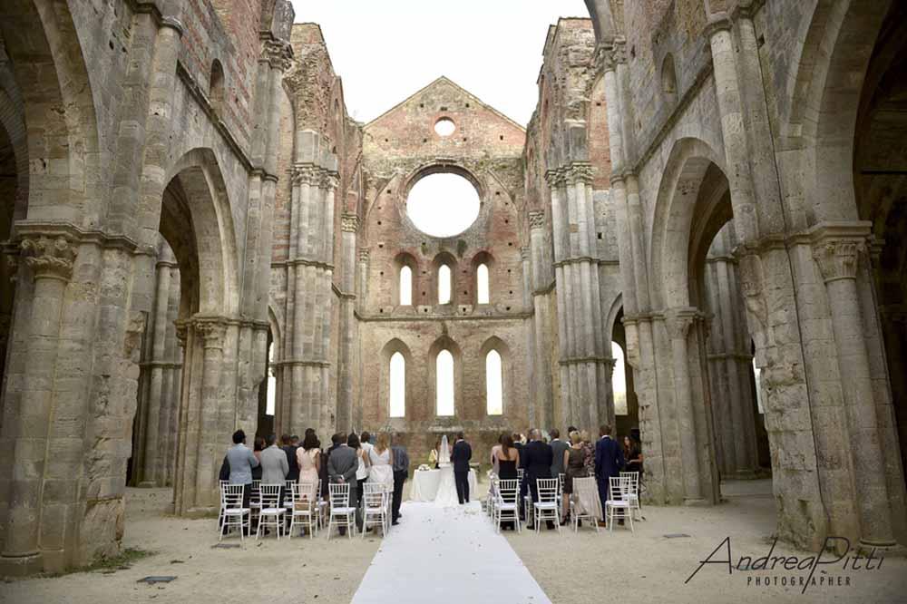 Emma robin wedding tuscany celebration
