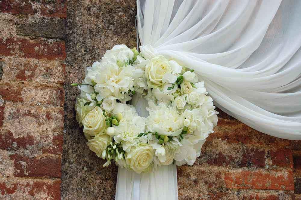 Flower white style wedding