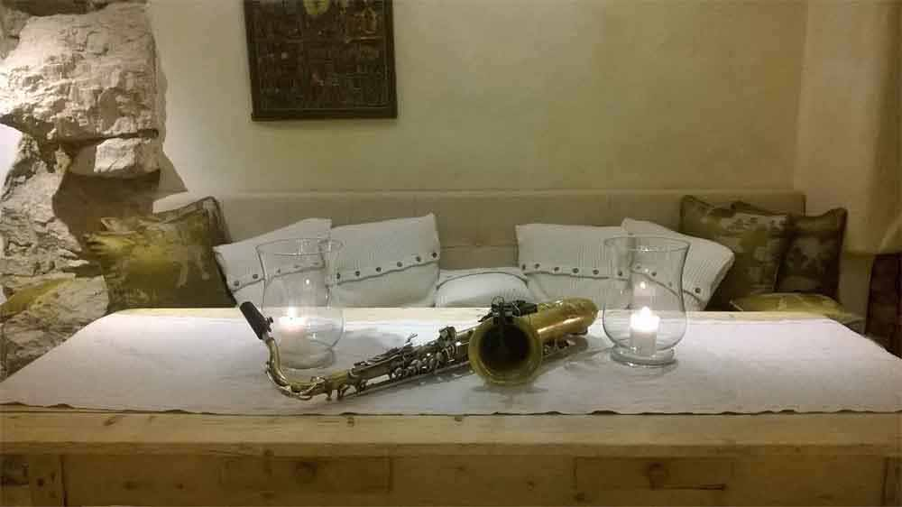 Music with Sax for wedding tuscany