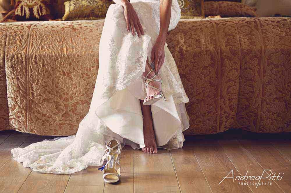 white style bride tuscany
