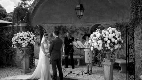 Katie David ceremony tuscany