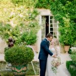 Romantic elopment in tuscany photoshot